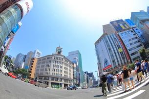 銀座四丁目交差点の写真素材 [FYI01663657]
