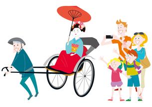 外国人家族の日本観光 人力車に乗る舞妓さんのイラスト素材 [FYI01663901]