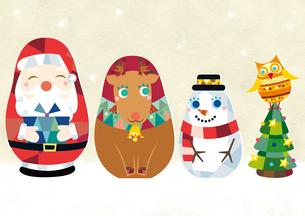 サンタクロース・トナカイ・雪だるま・フクロウのマトリョーシカのイラスト素材 [FYI01663908]