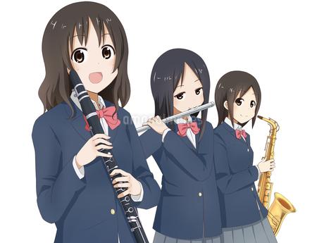 吹奏楽部の女の子3人のイラスト素材 [FYI01664279]