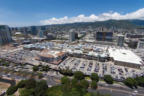 ハワイの風景 アラモアナショッピングセンターの写真素材 [FYI01665092]