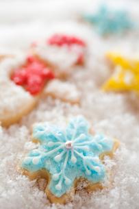 雪だるまのアイシングクッキーの写真素材 [FYI01666119]