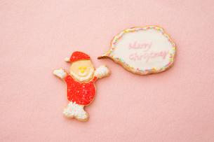 サンタクロースのアイシングクッキーの写真素材 [FYI01666131]