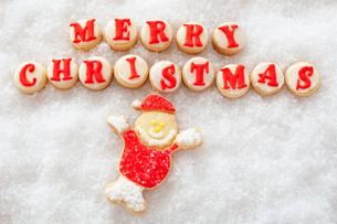 サンタクロースのアイシングクッキーの写真素材 [FYI01666140]