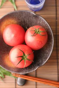 冷やしトマトの写真素材 [FYI01666612]