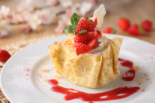 いちごのケーキの写真素材 [FYI01666652]