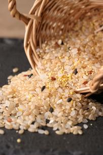 十穀米の写真素材 [FYI01666952]