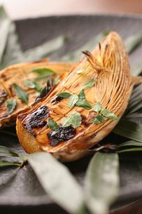 竹の子の木の芽みそ焼きの写真素材 [FYI01666978]