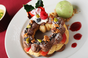 クリスマスケーキの写真素材 [FYI01666994]