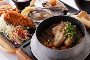 牡蠣づくしセットの写真素材 [FYI01667907]