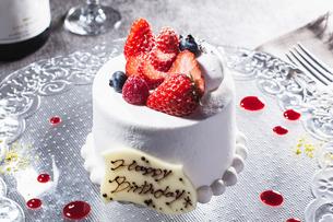 苺のショートケーキの写真素材 [FYI01667981]