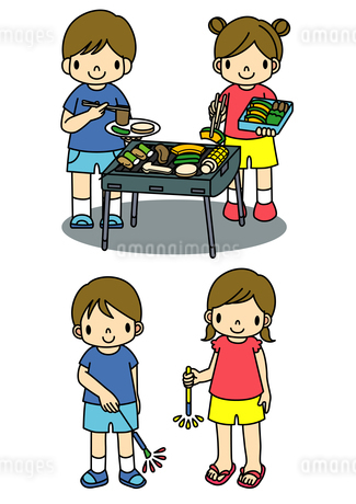 バーベキューと花火をする子供たちのイラスト素材 [FYI01668145]