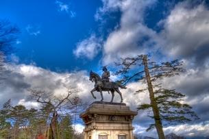 仙台伊達政宗の銅像の写真素材 [FYI01669034]