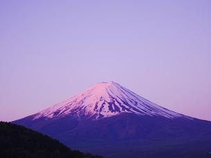 富士山の夜明けの写真素材 [FYI01669183]