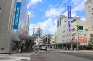 新潟市街の街並み 古町周辺の写真素材 [FYI01669371]