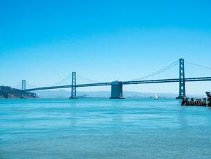 サンフランシスコ・オークランド・ベイブリッジの写真素材 [FYI01669806]