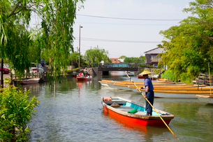 柳川の川下りの写真素材 [FYI01670667]