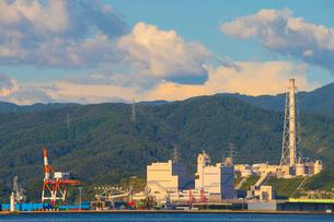 敦賀火力発電所の写真素材 [FYI01670827]
