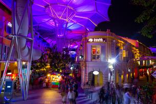賑やかな夜のクラーク・キーの写真素材 [FYI01671035]