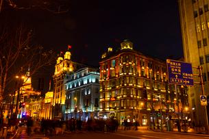 上海の夜景の写真素材 [FYI01671094]