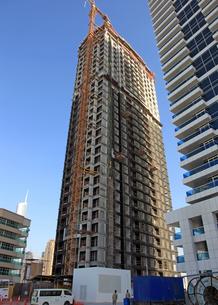 ドバイの超高層ビル(Alareifi Marina)の写真素材 [FYI01672321]
