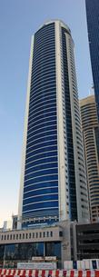 ドバイの超高層ビル(Tamani Hotel Marina)の写真素材 [FYI01672481]