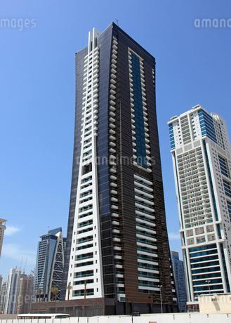 ドバイの超高層ビル(Goldcrest Views 2)の写真素材 [FYI01672657]