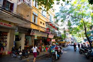 ハノイの旧市街の写真素材 [FYI01672755]