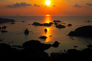 九十九島の夕景の写真素材 [FYI01673078]