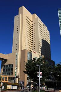 クロス・ゲート(横浜桜木町ワシントンホテル)の写真素材 [FYI01673776]