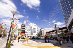 東急東横線自由が丘駅正面口駅前の写真素材 [FYI01674066]