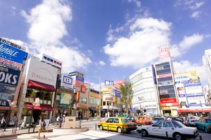 東急東横線自由が丘駅正面口駅前の写真素材 [FYI01674086]