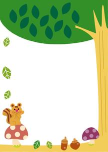 森のリスときのこのフレームのイラスト素材 [FYI01674147]