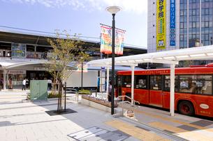東急東横線自由が丘駅正面口駅前の写真素材 [FYI01674255]