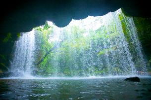 鍋ヶ滝の写真素材 [FYI01675259]