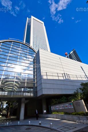 東京オペラシティ,新国立劇場の写真素材 [FYI01676990]