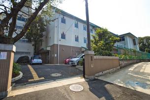 和光市立新倉小学校の写真素材 [FYI01678468]