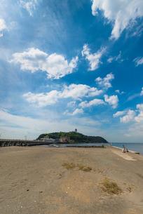 江ノ島(縦)の写真素材 [FYI01678544]