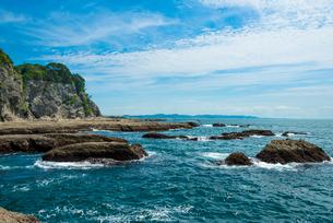 岩屋の海岸の写真素材 [FYI01678841]