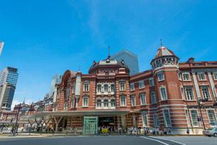 東京駅・駅舎(丸の内南口・JPタワー側)の写真素材 [FYI01678872]