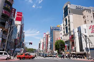 上野広小路交差点の写真素材 [FYI01681253]