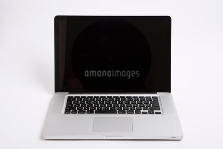 ノートパソコンの写真素材 [FYI01681567]