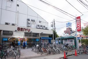 西友 赤羽店の写真素材 [FYI01681857]