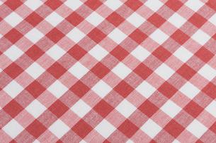 ギンガムチェックの布の写真素材 [FYI01682500]
