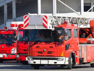 消防車 はしご車の写真素材 [FYI01682560]