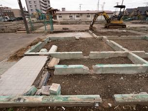 住宅街の再開発工事の写真素材 [FYI01682797]