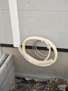エアコンの配管の写真素材 [FYI01682948]