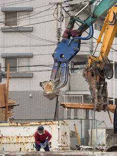 住宅街の再開発工事の写真素材 [FYI01682995]