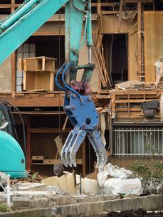 住宅街の再開発工事の写真素材 [FYI01683084]