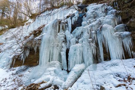 湯川渓谷の氷柱群の写真素材 [FYI01684285]